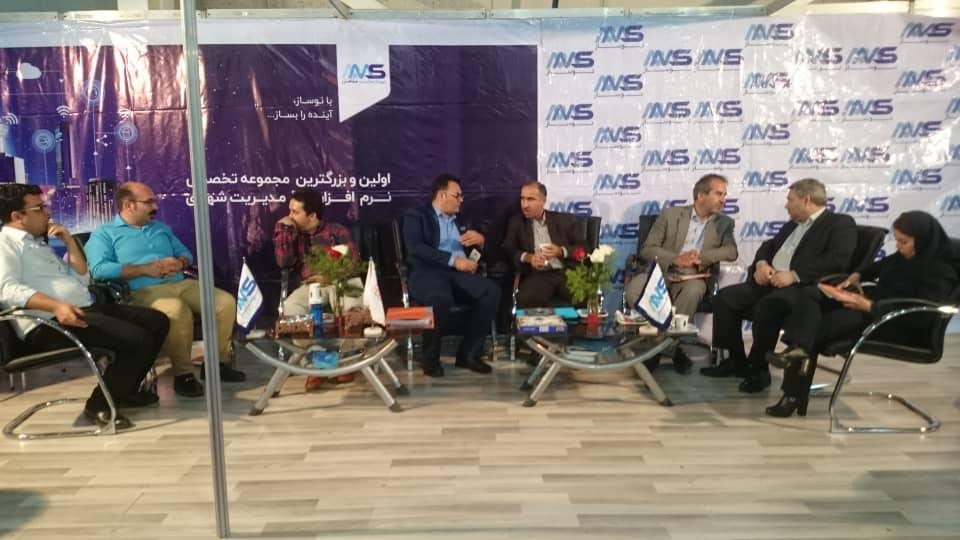 حضور آقای دکتر آخوندی وزیر سابق راه و شهرسازی در غرفه شرکت نوساز محاسب